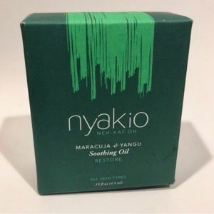 Nyakio Soothing Oil